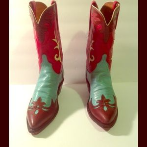 Women's size 8 1/2 B Lucchese Cowgirl boots.